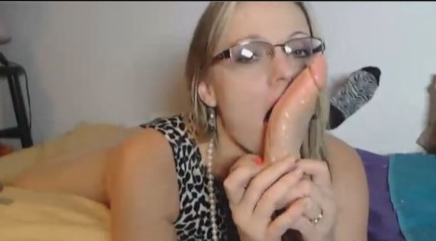 LoneStarAngel Love Dirty Talk And Huge Cock!
