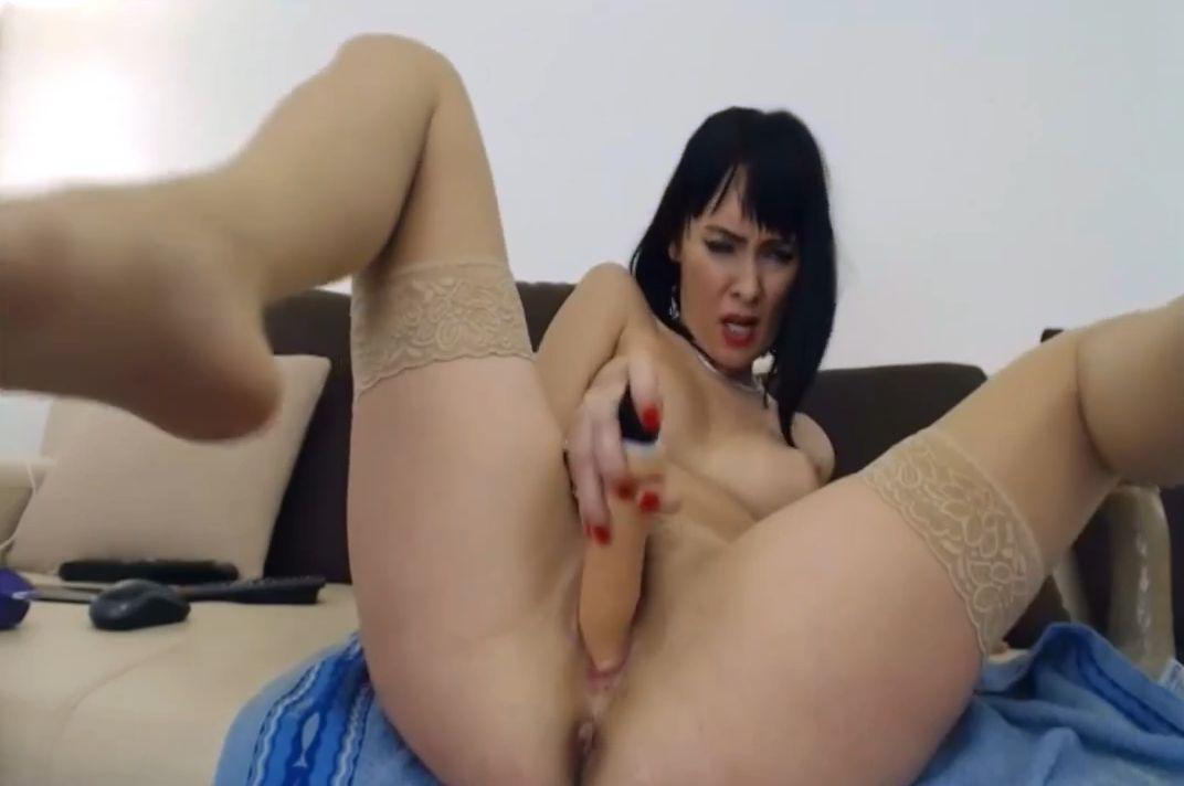 Ada_milf Amazing Busty Bombshell Hottie MILF Cam Show