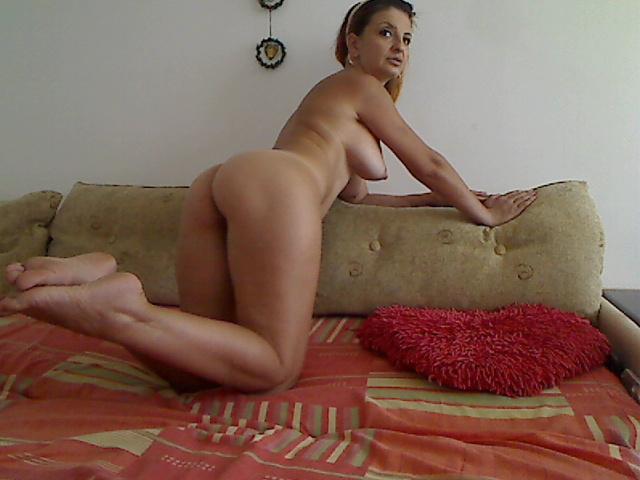 Hot Mature calista73 Webcam Show